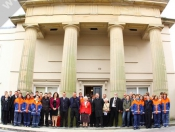 Lemgo Visitors Close Visit With Presentation and Carvery