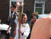 olympic-torch-photo-of-lindsey-chapman-by-hollie-peirson