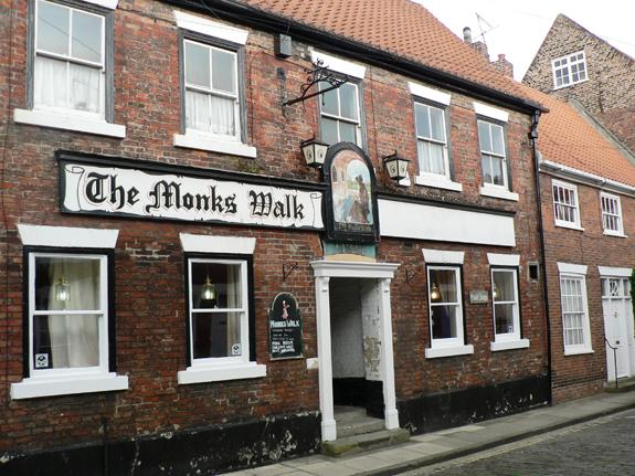 The Monks Walk - Highgate, Beverley, East Yorkshire, HU17 0DN - 01482 862710