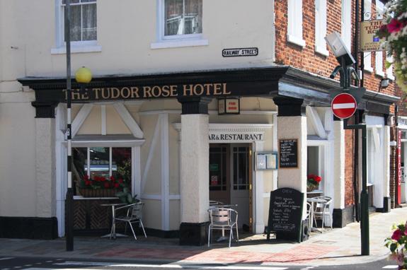Tudor Rose Hotel - Wednesday Market, Beverley, East Yorkshire, HU17 0DG - 01482 882028
