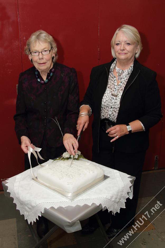 Bishop_Buront_Flower_Club_Cake_Cutting
