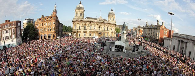 Thousands Turn Out To Welcome Home Hull's Olympic Heroes