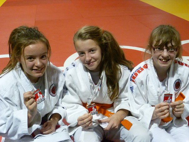 Girls Win Medals With Magnificent Performances In Kendal