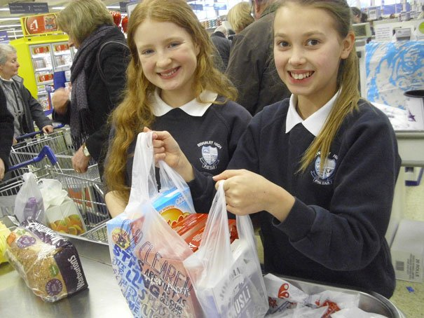 Beverley Shoppers Support Local High School's Tesco Bag Pack