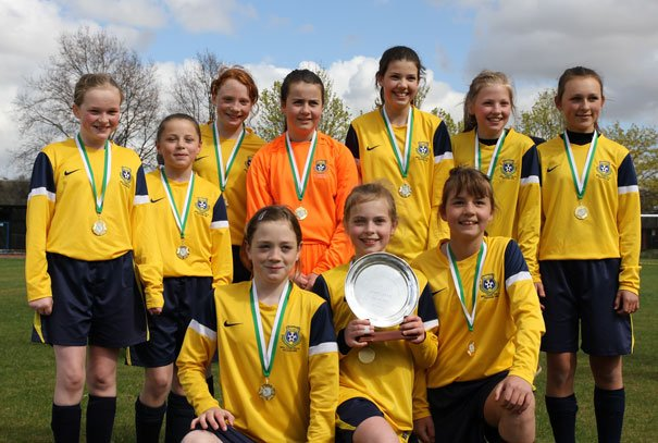 Whites Beat Blues To Win Plate Competition