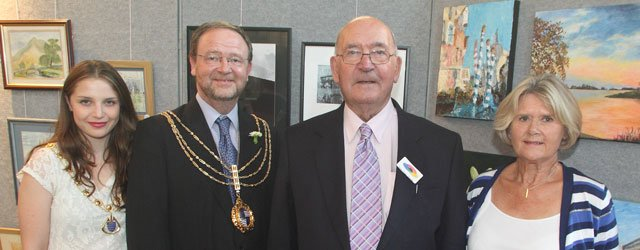 Mayor Opens Joint Exhibition At Beverley Minster