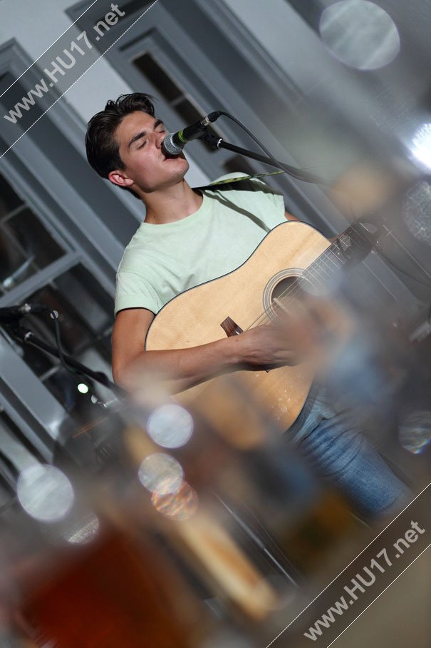 Live Music Hits All The Right Notes At The Rose & Crown