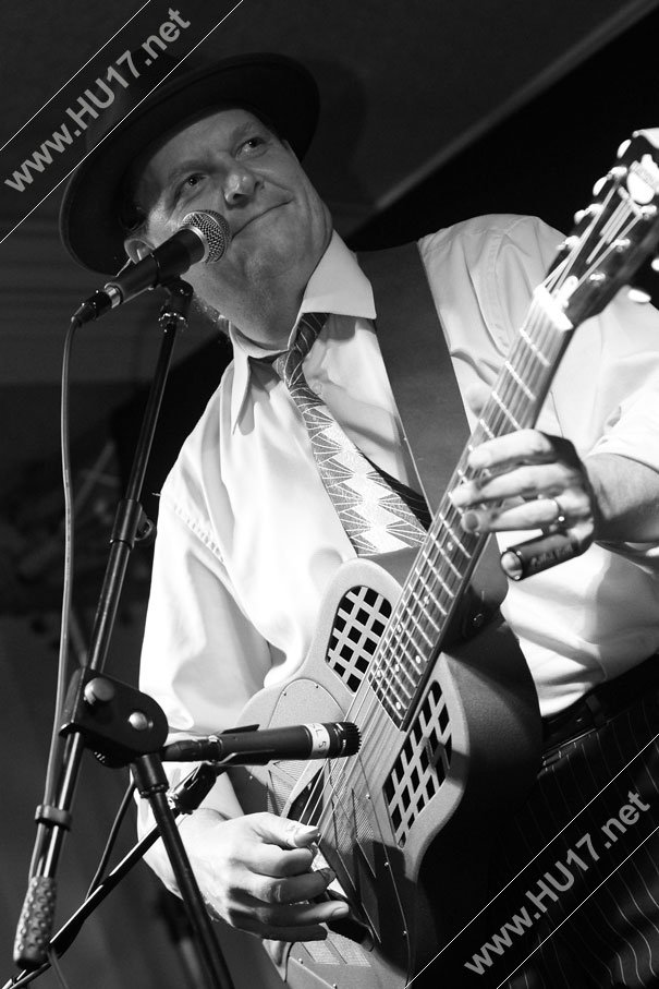 Beverley Blues Festival 2013 : Catfish Keith