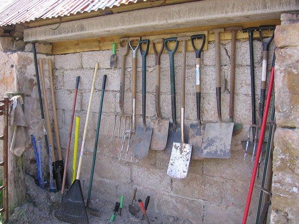 Bishop Burton Gardeners' Club : Making Gardening Easier