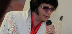 High-end Elvis tribute artist Steve Caprice brings a touch of Vegas glamour to Wednesday Market tonight.