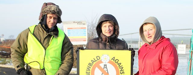 Anti Fracking Campaigners Brave The Elements To Protest