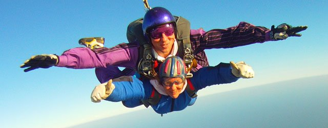 Group Skydive Day : Jump From 10,000 Feet For a Good Cause
