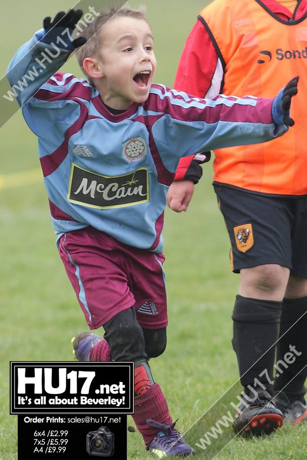 MATCH PHOTOS : AFC Tickton Harriers Vs AFC Hawthorn