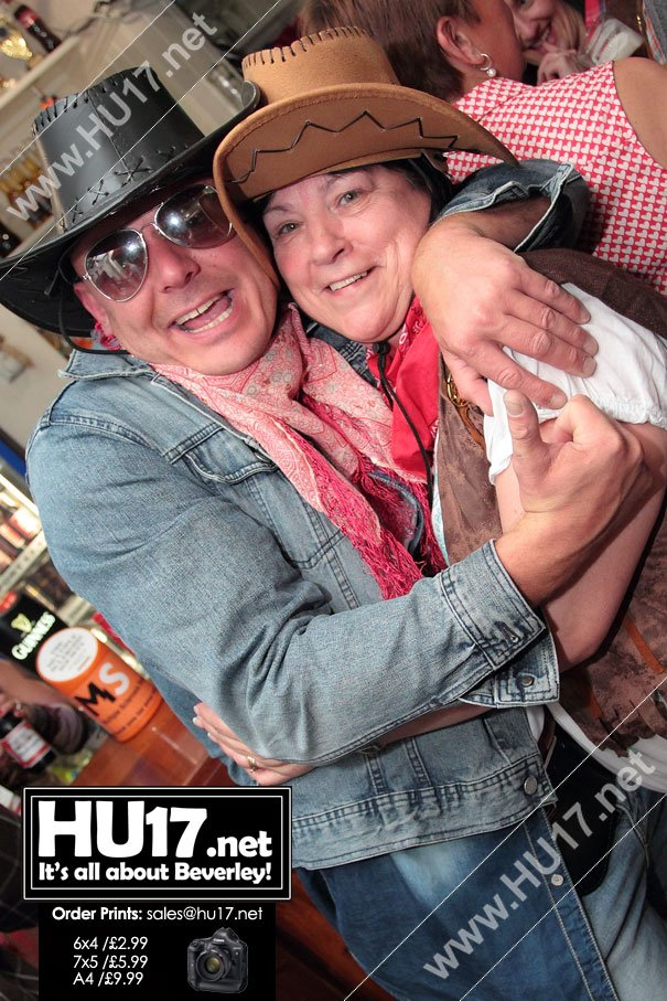OUT & ABOUT: Cowboys & Indians @ The Moulders Arms