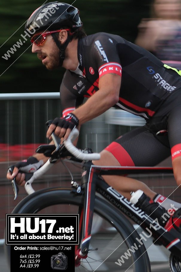 Elite Cycle Race