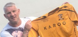 AFC Walkington looking to raise cash for the club and a local charity by auctioning off the shirt worn by Hull City legend Dean Windass.