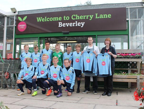 Beverley Town Agree Sponsorship Deal With Cherry Lane Garden Centre