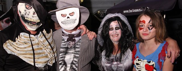 OUT & ABOUT : Halloween Night Around Beverley