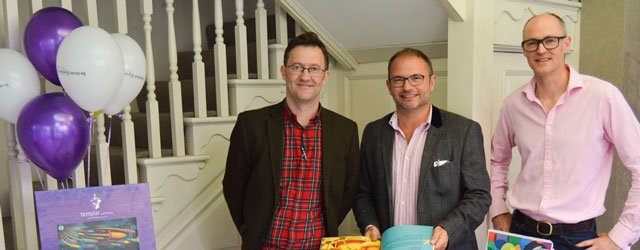 Award Winning Author Visits Andrew And Rogers Optometrists In Beverley