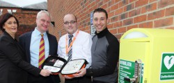 Beverley's MP, Graham Stuart, who is always highlighting the need for more public access defibrillators as part of his HEART campaign, inspected the new defibrillator at Beverley Leisure Complex last Friday.