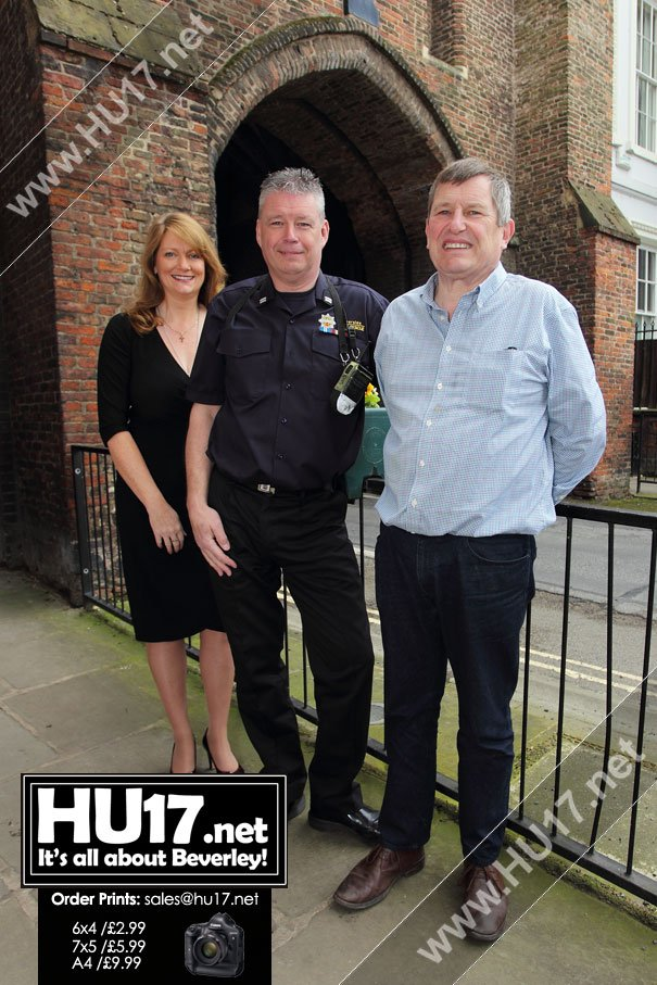 Humberside Fire & Rescue Team Up With Council To Decorate Beverley