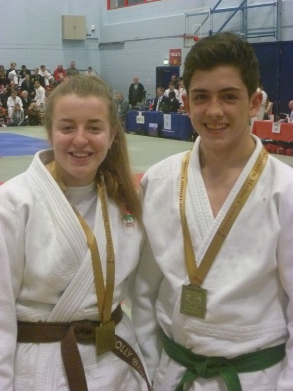 Tooby and Bentham Win Gold At Northern Home Counties Open
