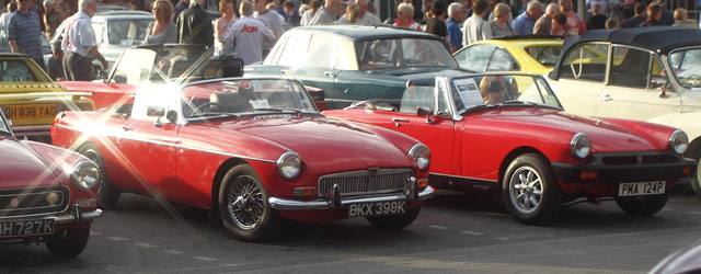 Massive Crowds Enjoy The Beverley Classic Car Show