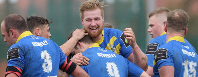 Blue & Golds Remain On Course For Top Four