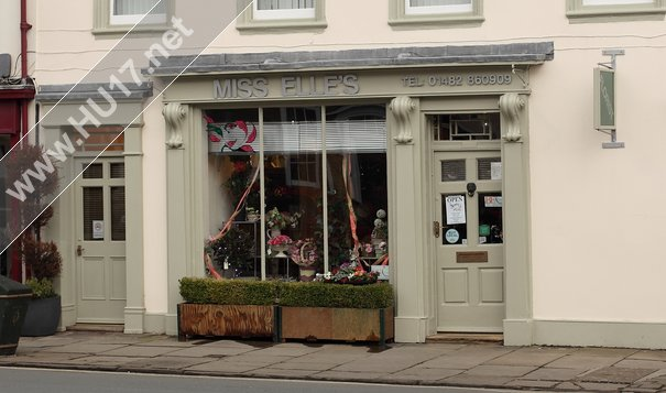 Beverley Business Miss. Elle's Crowned One Of UK's Best Florists