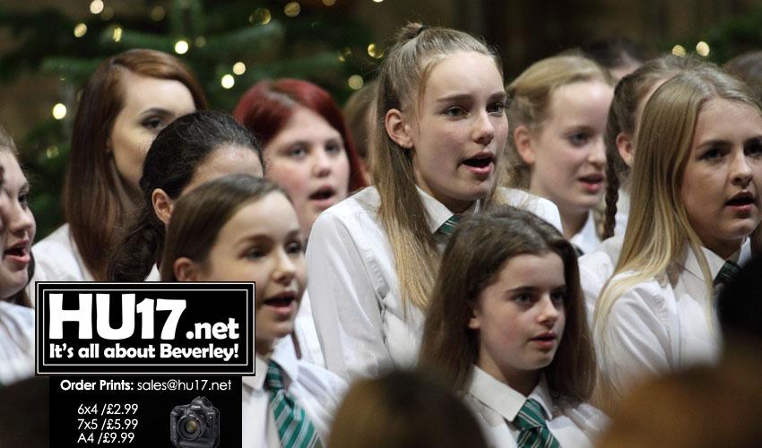 GALLERY : Longcroft School's Carol Service @ St Mary's Church