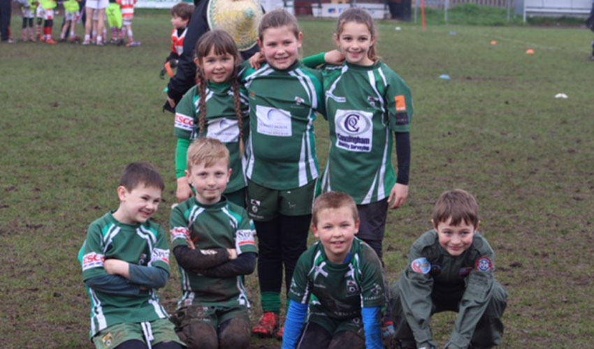 Beavers U8s Play With Smiles As The Club Continues To Develop Rugy