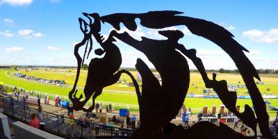 BEVERLEY RACES : Formidable Kitt In Hilary Needler Frame