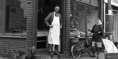 Collection Of Photographs Capturing Hull's Rich Fishing Industry Goes On
