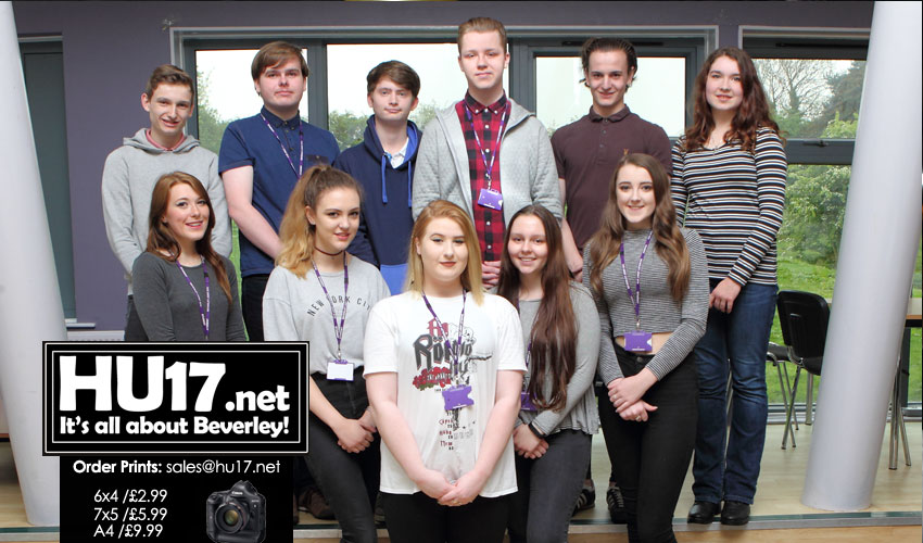 Students Walk From Beverley To Hull In Aid Of Young Minds Charity