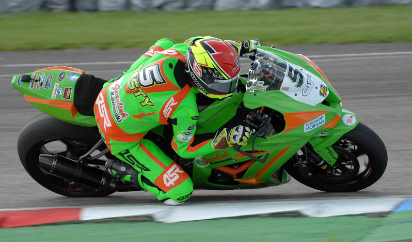 James Westmoreland Completes Both Rounds At Thruxton