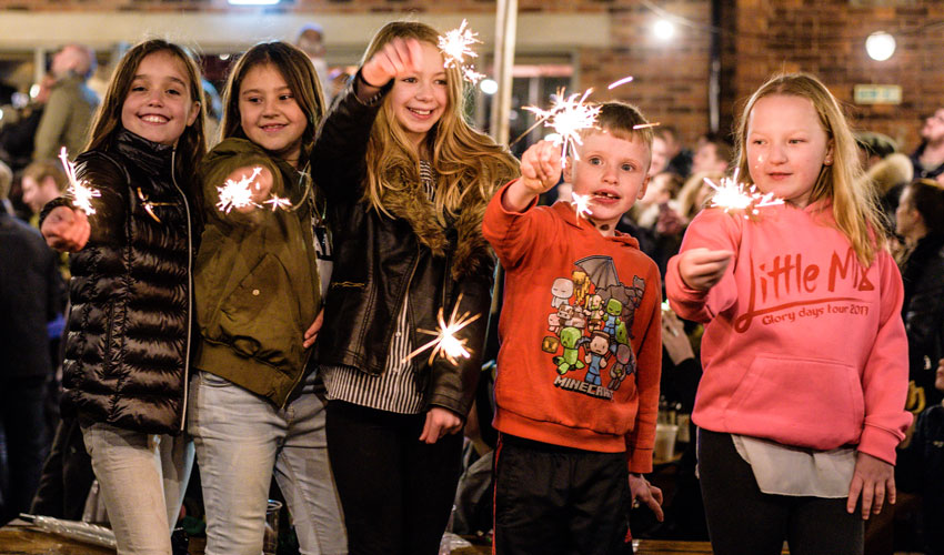 OUT & ABOUT : Bonfire Night Party @ The Potting Shed