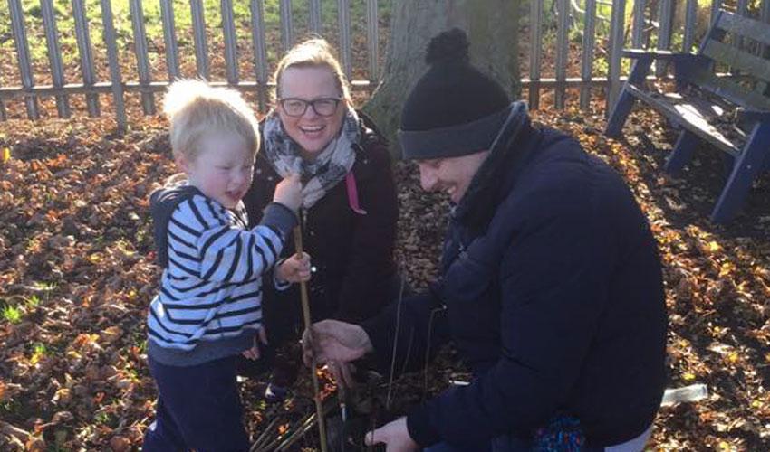 Over 100 Volunteers Turn Out To Help Woodmansey Primary School