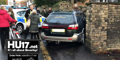 YOUR PICTURES : Car Comes Off The Road On Lairgate
