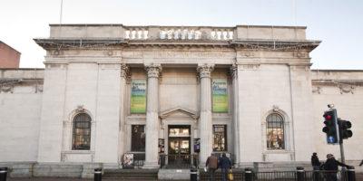 HULL : Favourites Return Ferens Art Gallery