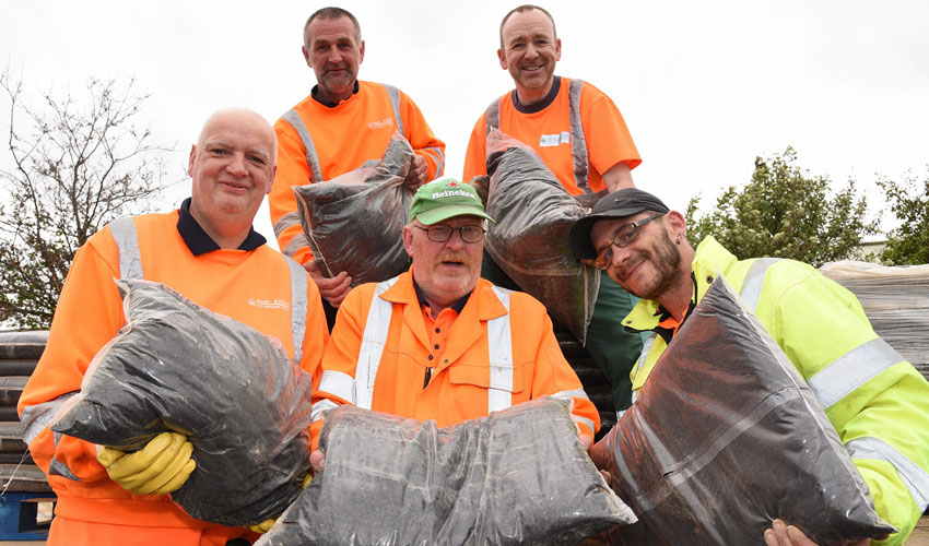 5000 Free Bags Of Compost To Be Given Away To Local Residents