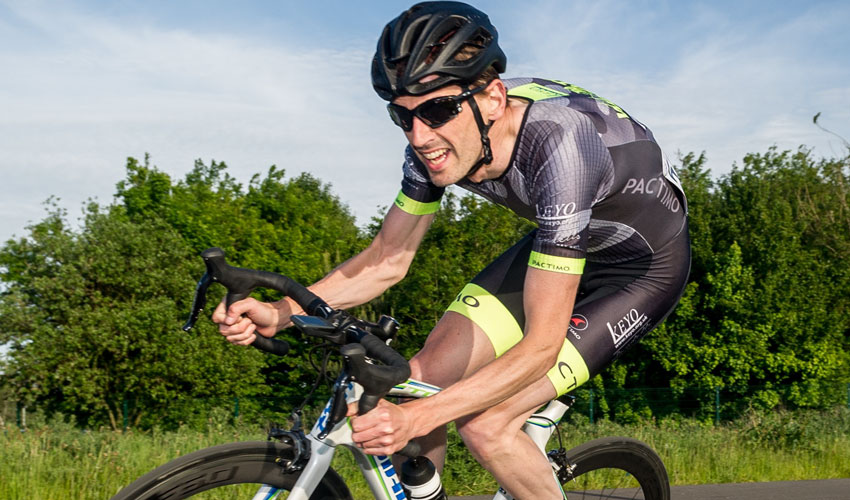 Wold Top Actif Manager Teams Up With Performance Coach For Spectacular Challenge