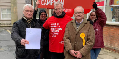 Post Office Relocation - MP Stands Firm With Cllrs And Union Leaders