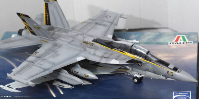 ITALERI - EA - 18G Growler Build Review And Photos