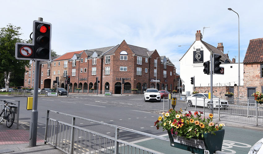 £140,000 Scheme To Replace Traffic Lights At Two Junctions In Beverley