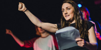 HULL : Middle Child And Hull Libraries To Tour Pop-Up Plays