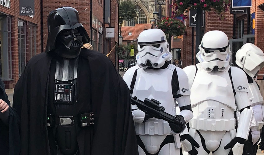 Star Wars-Themed Grotto Set To Land At Retail Park