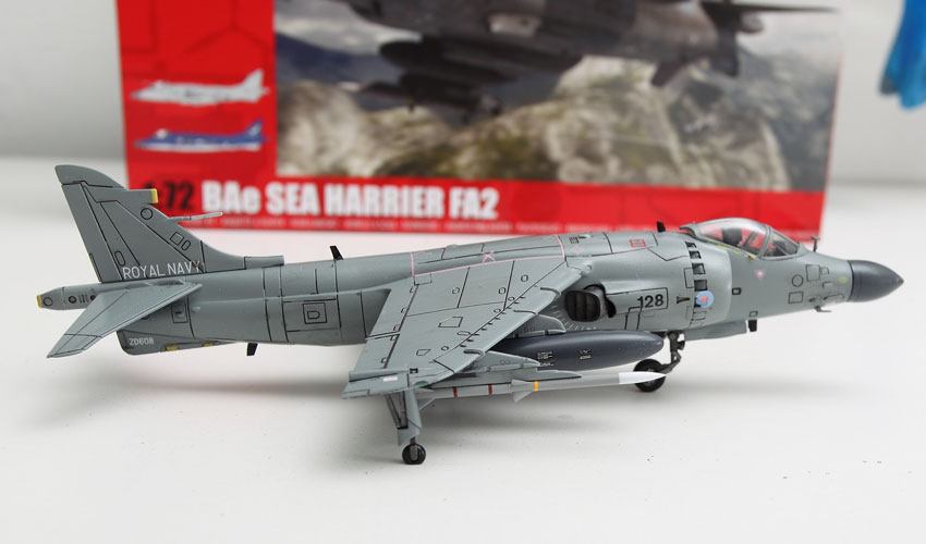 Airfix BAe Sea Harrier FA2 1/72 Build Review and Photos