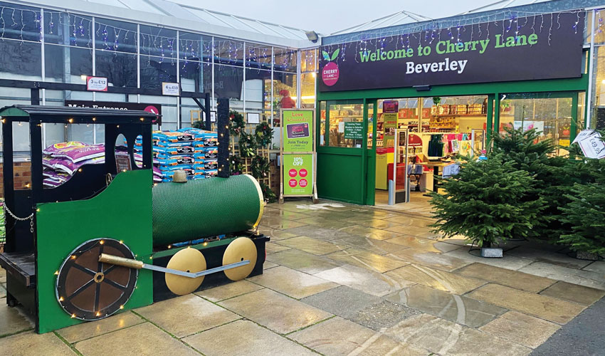 Shoppers Filled With Christmas Spirit At Cherry Lane