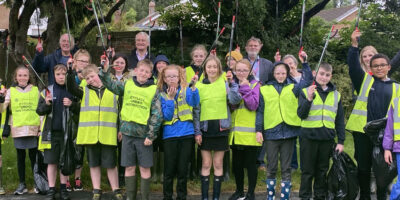MP And Local Councillors Take Part In 'The Great British Spring Clean'