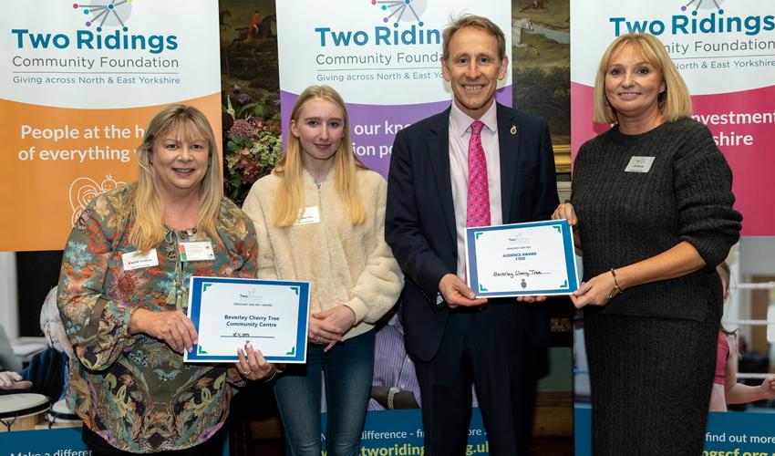 Dragons Award £7000 To Cherry Tree Community Centre